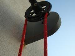toile d'ombrage voiles rouges structures métaliques galvanisation enrouleur drosse fixation projet maison individuelle