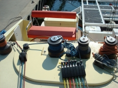 05_piano spinlock winch harken lewmar XS ZS custom tenderlift plateau helicat sellerie hydraulique